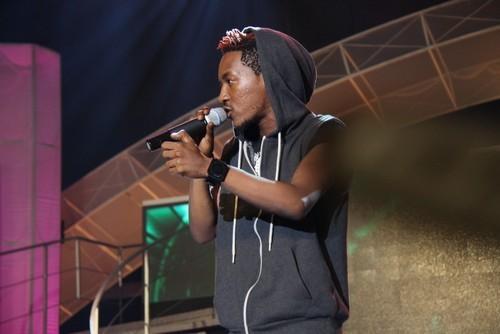 Jesse-Jagz-performing