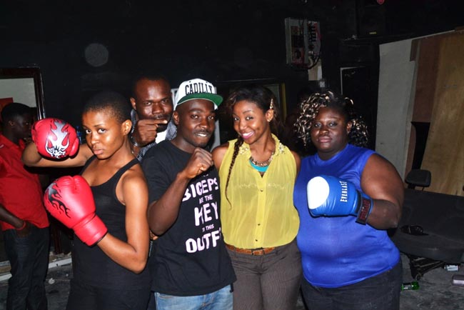 Ella-Desmond-kendaw-flugzy-boxer