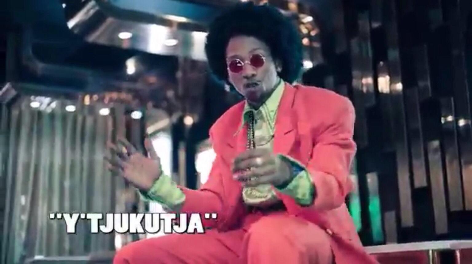 Uhuru - Y-Tjukutja ft  DJ Buckz, Oskido, Professor & Yuri Da Cunha - Mp3