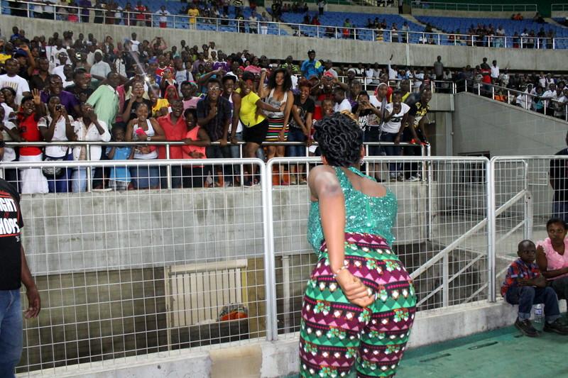 Yemi Alade in Tanzania 6