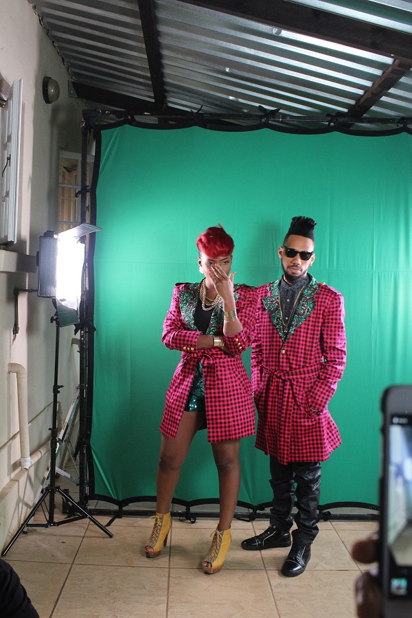 Yemi Alade - Taking Over Me [Video Shoot] (7)