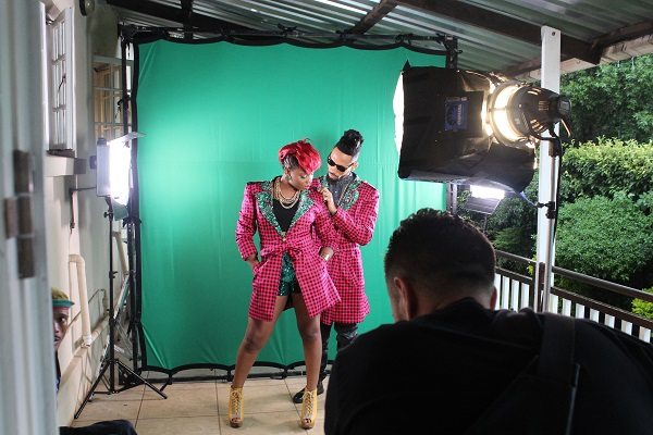 Yemi Alade - Taking Over Me [Video Shoot] (9)