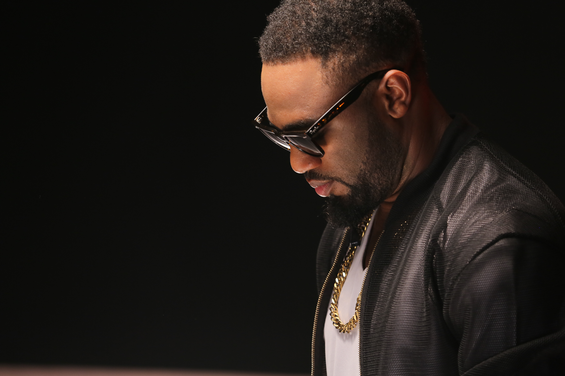 Praiz Shoots 'Sisi' video featuring Wizkid (6)