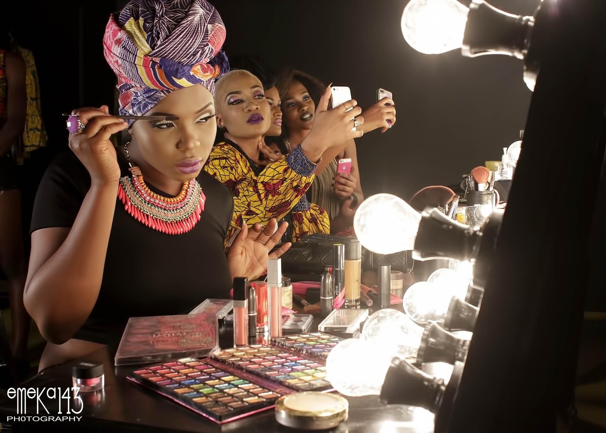 Yemi Alade - Pose B-T-S (6)