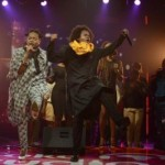 "VIDEO: Yemi Alade & Jua Cali – ""Mama Africa"" (Live Performance)"