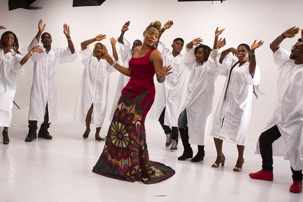 Yemi Alade - Na Gode [Swahili Version] B-T-S (2)