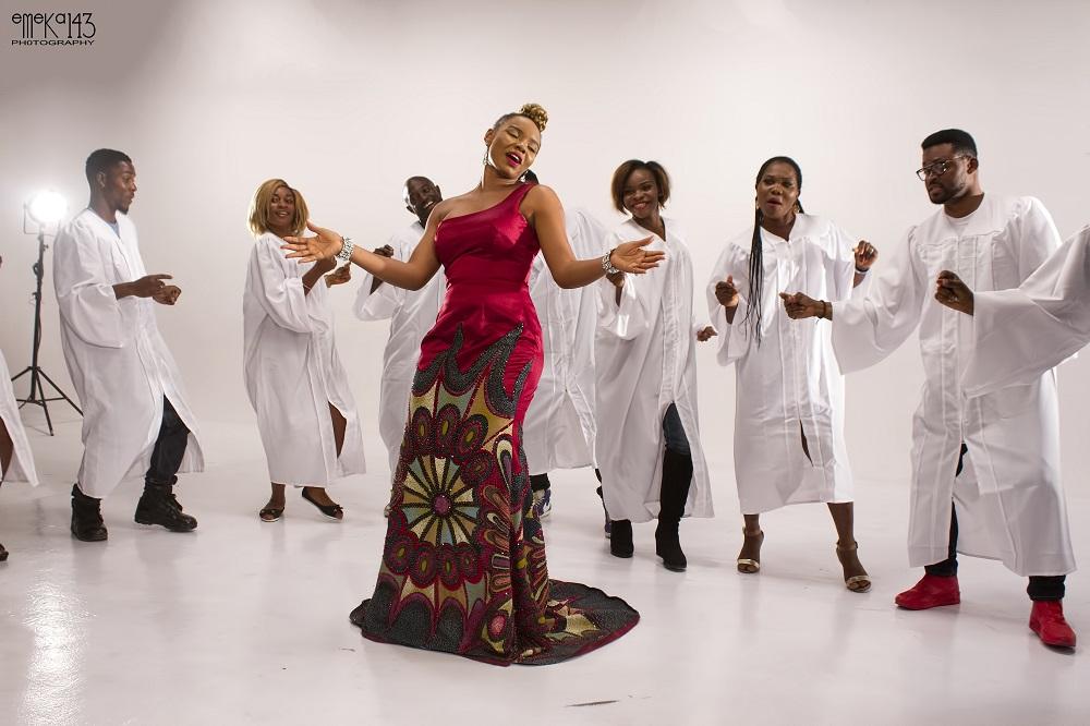 Yemi Alade - Na Gode [Swahili Version] B-T-S (3)