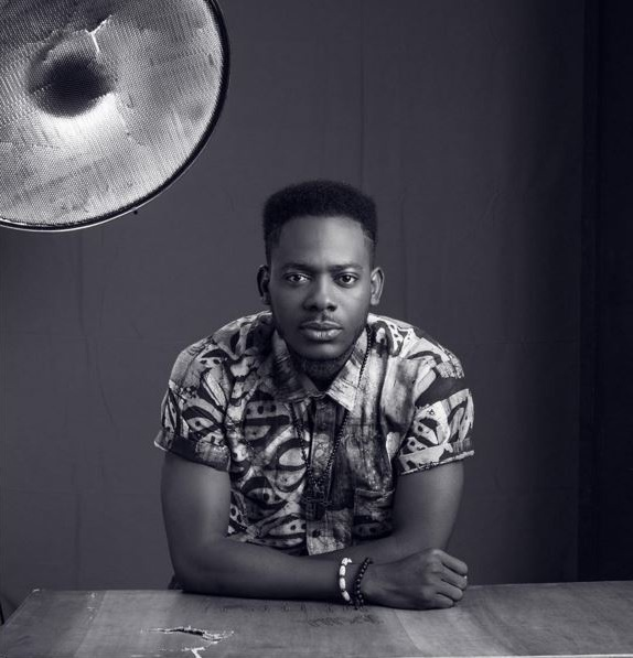 "Watch Adekunle Gold Show-Off His ""Zanku"" Skill As He Vibes To His New Song; ""Young Love"""