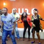 "Watch MC Galaxy Teach Yemi Alade How To Dance To ""Komolopcholop"""