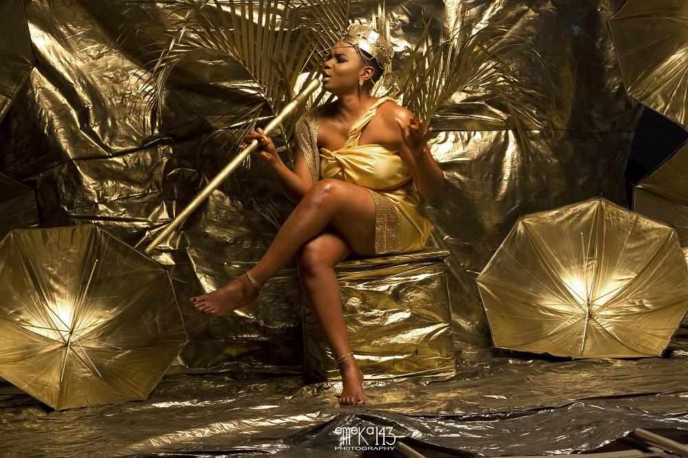 Yemi Alade - Kom Kom ft. Flavour [B-T-S Photo] (3)