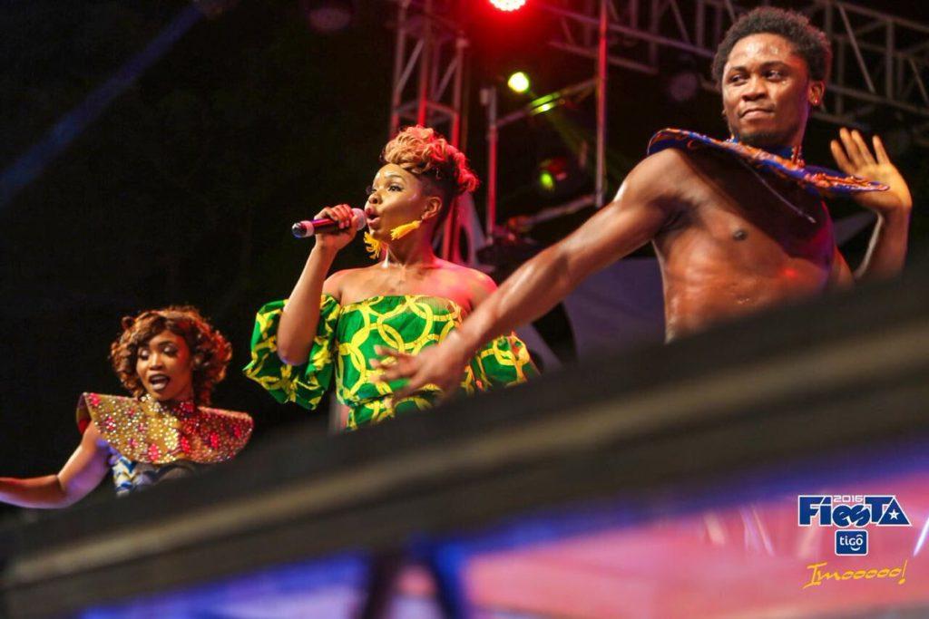 yemi-alade-in-tanzania