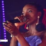 "VIDEO: Simi Wows With Very Emotive Performance Of ""Smile For Me"""