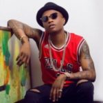 Wizkid Caught Kissing Mystery Lady In Lagos Club || WATCH