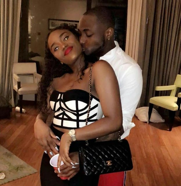 Watch Video: Davido & Chioma Get Freaky In Lagos Club Amid Break Up Rumors