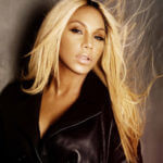 Watch American Singer, Tamar Braxton Passionately Express Her Love For Davido & Wizkid