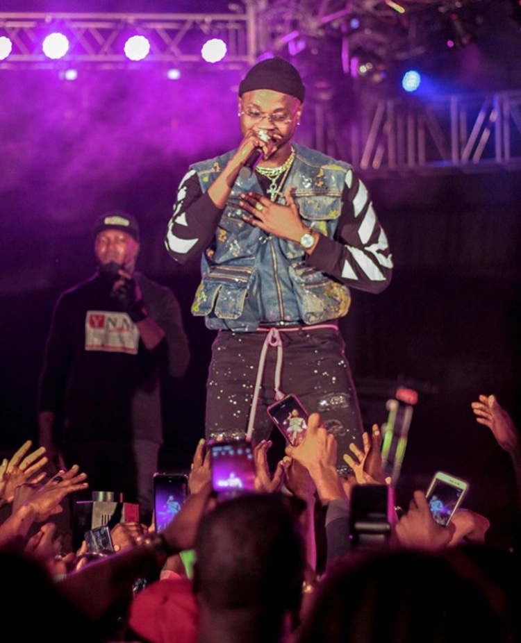 Kizz Daniel Disappoints Fans As He Refuses To Go On Stage For Performance At His Concert In Canada