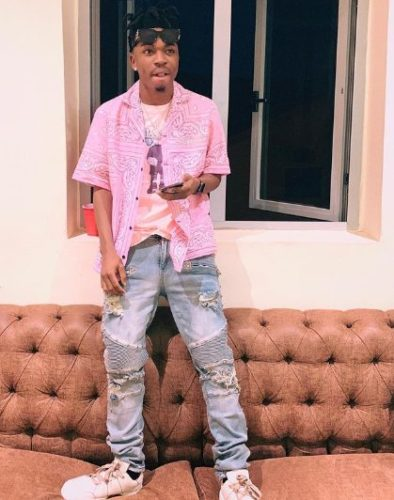 Mayorkun Escapes Being Dealt With By Angry Mob After Reportedly Slapping Hotel Staff In Lagos