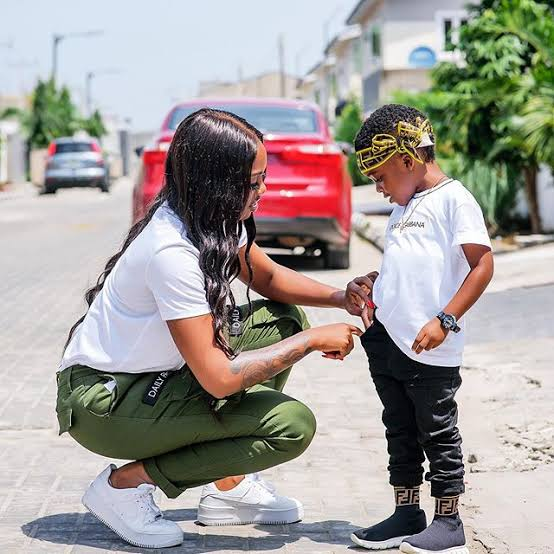 Tiwa Savage's Son; Jamil, Expresses Great Joy As Mom Takes Him To See His Grandma || See Beautiful Photos 1