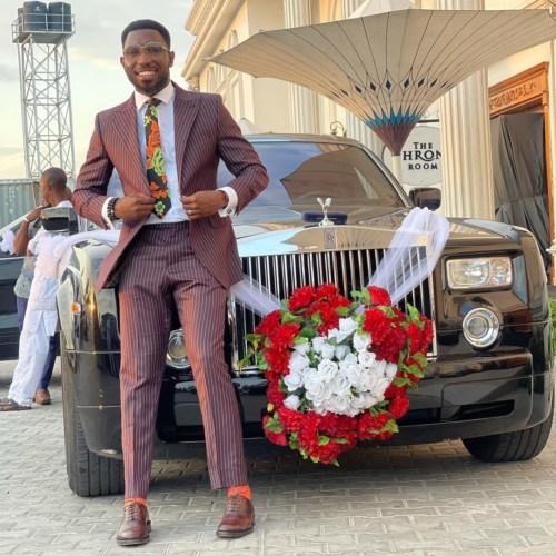 Timi Dakolo Celebrates His First Limousine Ride #Arewapublisize