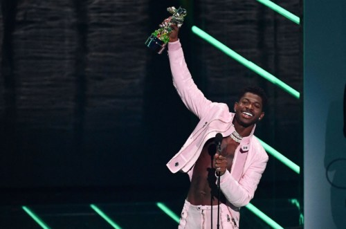 Justin Bieber, Lil Nas X, Olivia Rodrigo Set Record At 2021 MTV VMAs    See Full List Of Winners #Arewapublisize