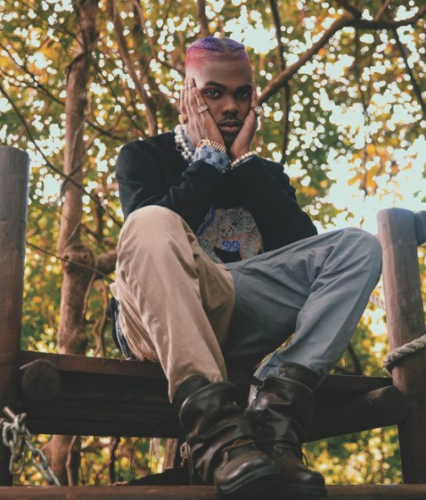 """It's official. Ckay is the New King of Boys. The Love Nwantiti crooner has added another achievement to his impressive portfolio. Ckay is the first African to debut on Billboard Independent Albums Chart with his 2019 EP, """"CKAY THE FIRST"""".  As the Category clearly states, Only Albums are added to the Charts, but Ckay broke the record by becoming the first African and afrobeat artist to debut on the Chart with an Extended playlist.  This news is coming days after his Ep, """"CKAY THE FIRST"""" debuted at No. 4 on Billboard World Albums Chart.  See the post below,"""