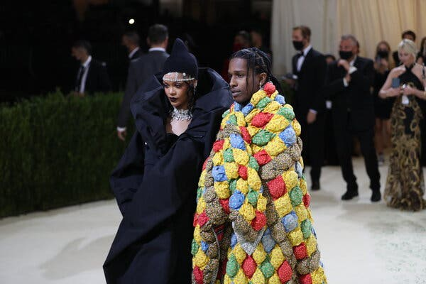 Rihanna And A$AP Rocky Make Red Carpet Debut As A Couple At 2021 Met Gala #Arewapublisize
