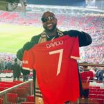 """""""Davido Don Abandon Chelsea.."""" – Reactions After Manchester United Gifted Davido An Official Customized Jersey"""